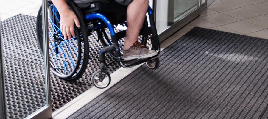 pracovat na vozíku