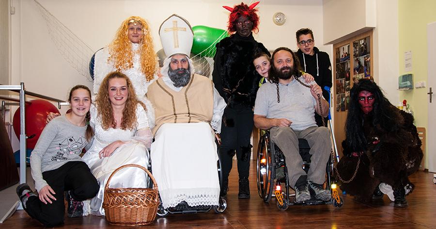 Mikuláš se svou družinou